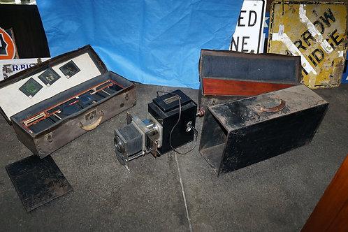 Henry Mestrum Slide Projector With Slides Cases