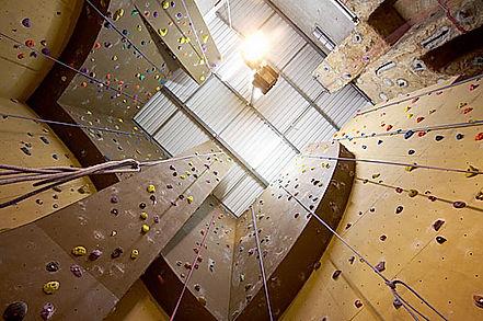 Hendon Climb London, Climb London, London Climbing guide, Climbing in london