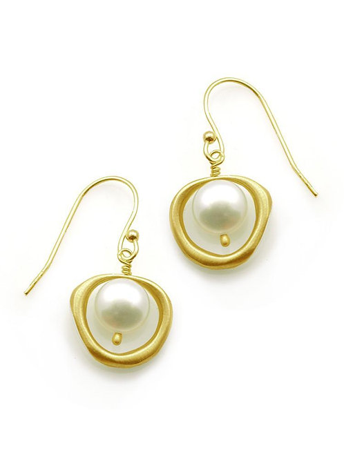 Philippa Roberts - Vermeil Circle & Pearl Earrings