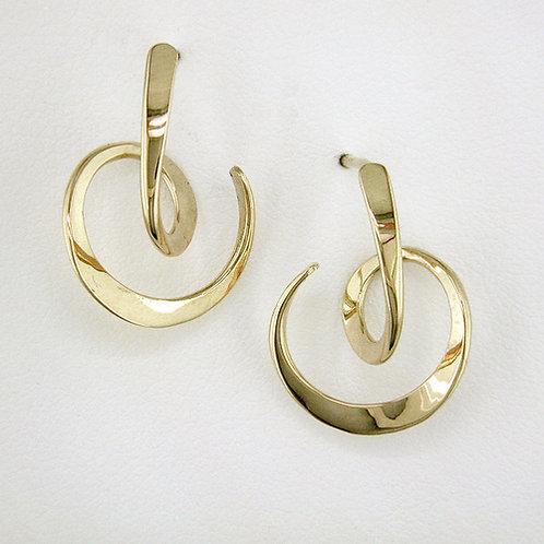 Looping Circle Earrings - 14kt Gold