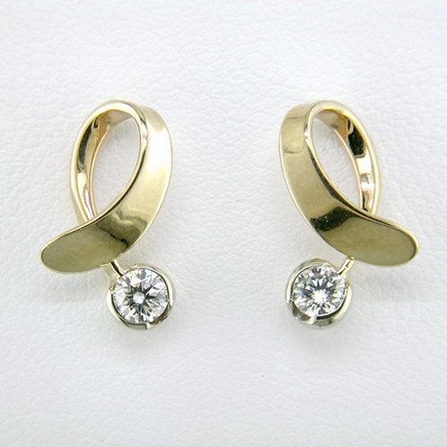 Tom Kruskal - Offside Earrings - 14kt Gold & Diamonds