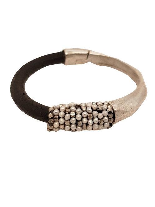 Pearl & Leather Bracelet - Dana Martell