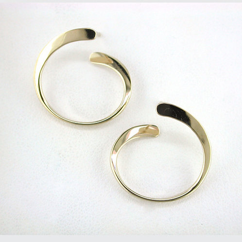"""""""Cobra"""" Earrings - 14kt Gold - Tom Kruskal"""