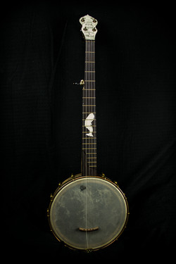 Scrimshaw Banjo - Moby Dick - Front
