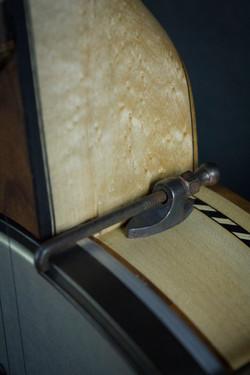 Leaves Banjo Heel Detail