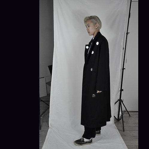 Black Coat with Silver Polka Dots | Manteau Noir avec Points Polka Argenté