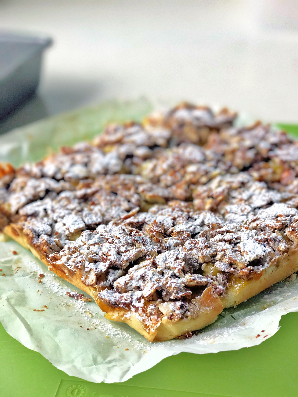 If you love almonds like I do, thisalmond marmalade square isdelicious for afternoon tea.Very easy to make. In fact I love all types of nuts so I bake a lot with nuts.