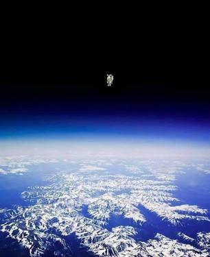 Bruce McCandless II Floating