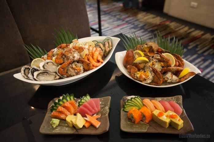 Landmark Bangkok's Atrium - Klong Klone Crab with Seafood Extravaganza In August 2017