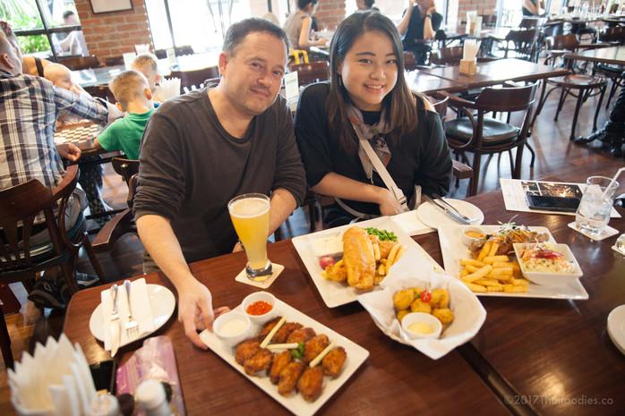Londoner Brew Pub on Pattanakarn Road Bangkok - New Video Review!