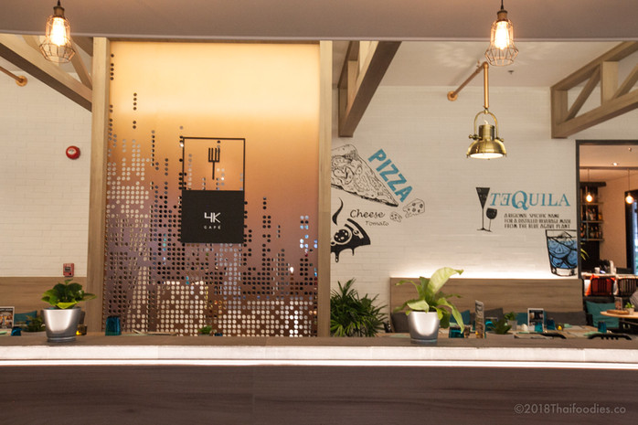 4K Cafe & Bar at X2 Vibe (Cross 2) Bangkok Sukhumvit Hotel - Yummy Thai Fusion Cafe