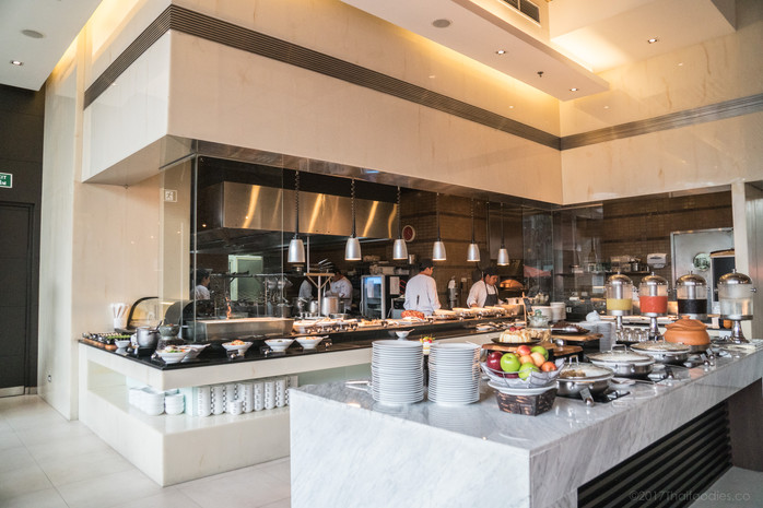 Bistro M Buffet @ Marriott Executive Apartments Sukhumvit in Bangkok