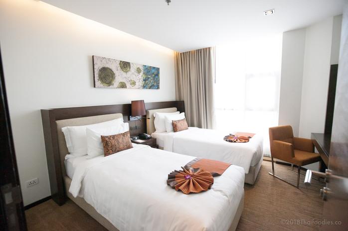 Anantara Sathorn Bangkok Hotel - Room Review #3207 Kasara Two Bedroom Suite