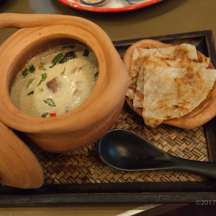 Green Curry with Beef and Roti