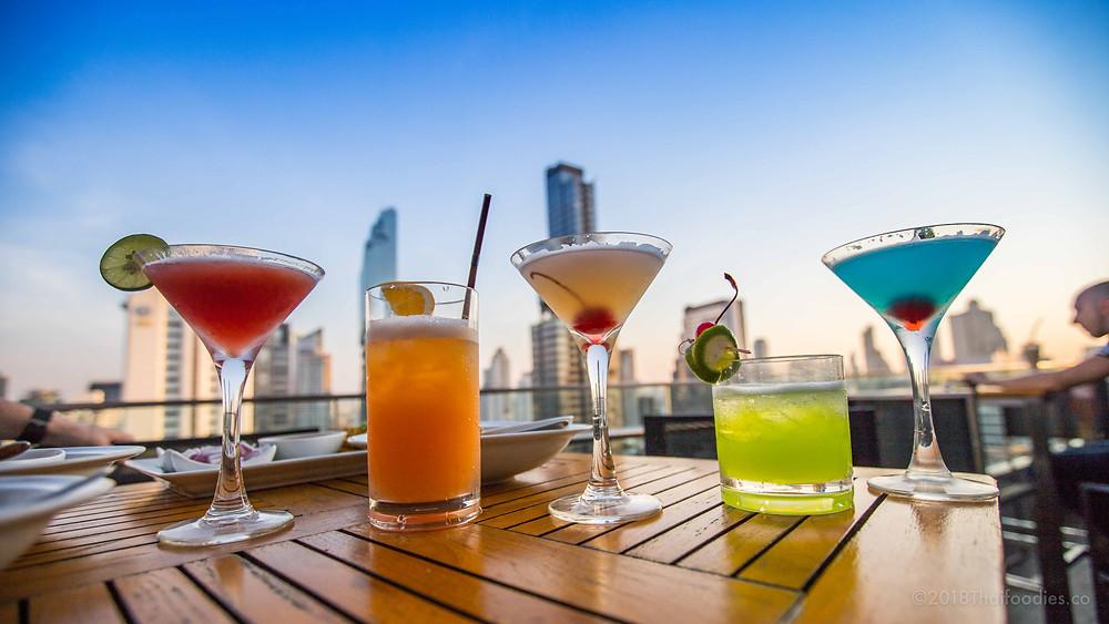 Aka Aza Rooftop Bar Review | thaifoodies