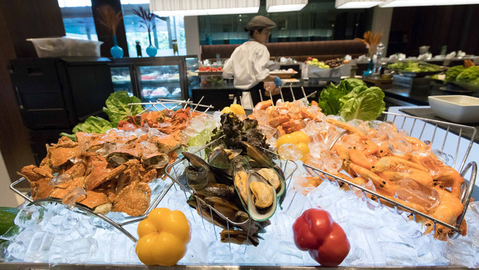 Grand Ocean Seafood and Barbecue Dinner Buffet Review - Pullman Bangkok King Power! Win A Free Buffe