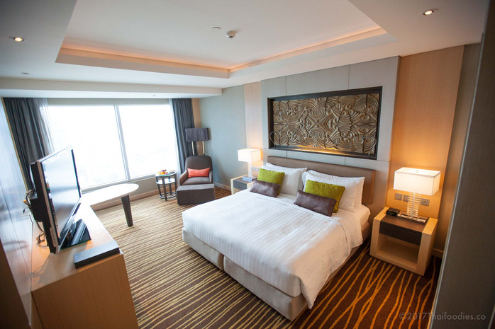 Amari Watergate Bangkok Hotel - Room, Lounge, Spa, and Facilities Review