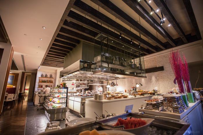 TheSt Regis Bangkok's VIURestaurant Review - Best Fine Dining Buffet in Bangkok