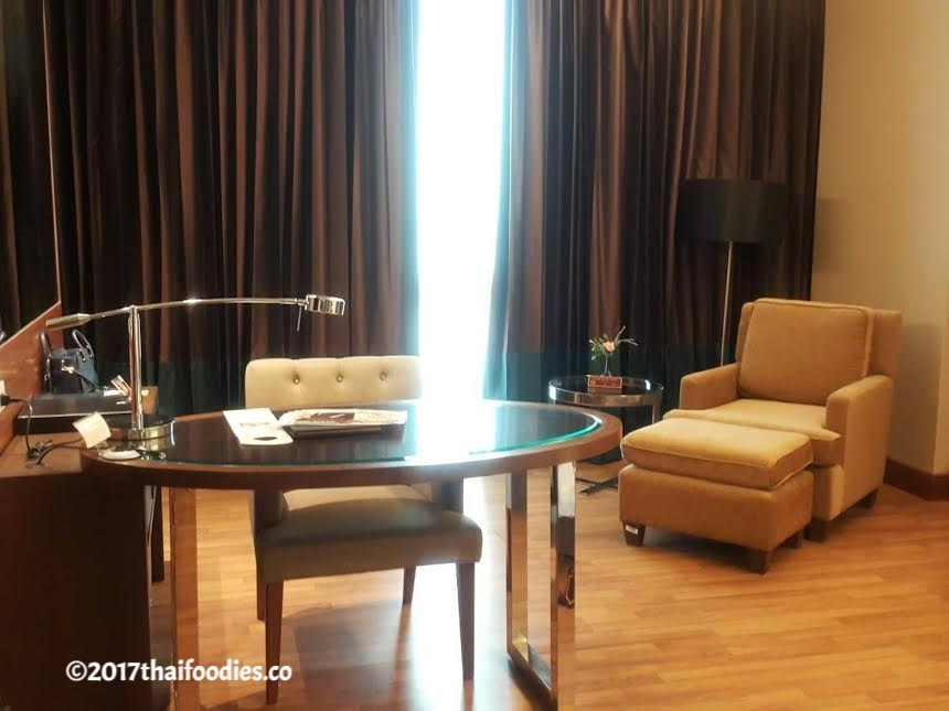 The Grand Four Wings Convention Hotel Review | thaifoodies.co
