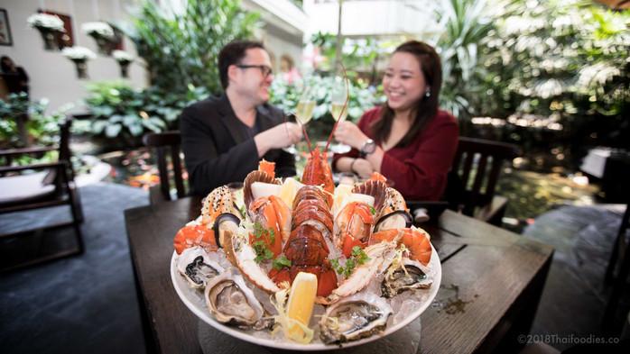 Luxurious Sunday Brunch Review at Anantara Siam Hotel Bangkok – Win a Free Buffet for 2 a 7,000 Baht