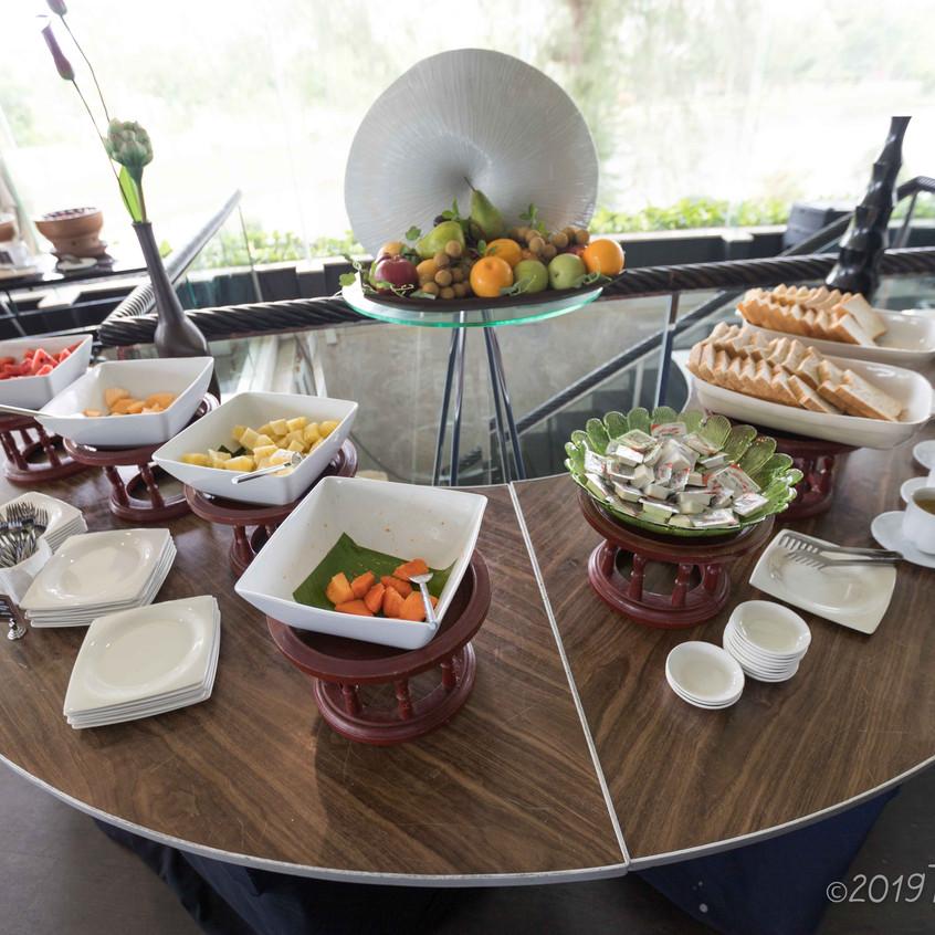 Ocean Marina Bay Club Room Review