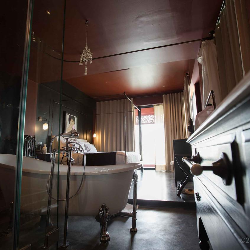Amdaeng Riverside Hotel Review