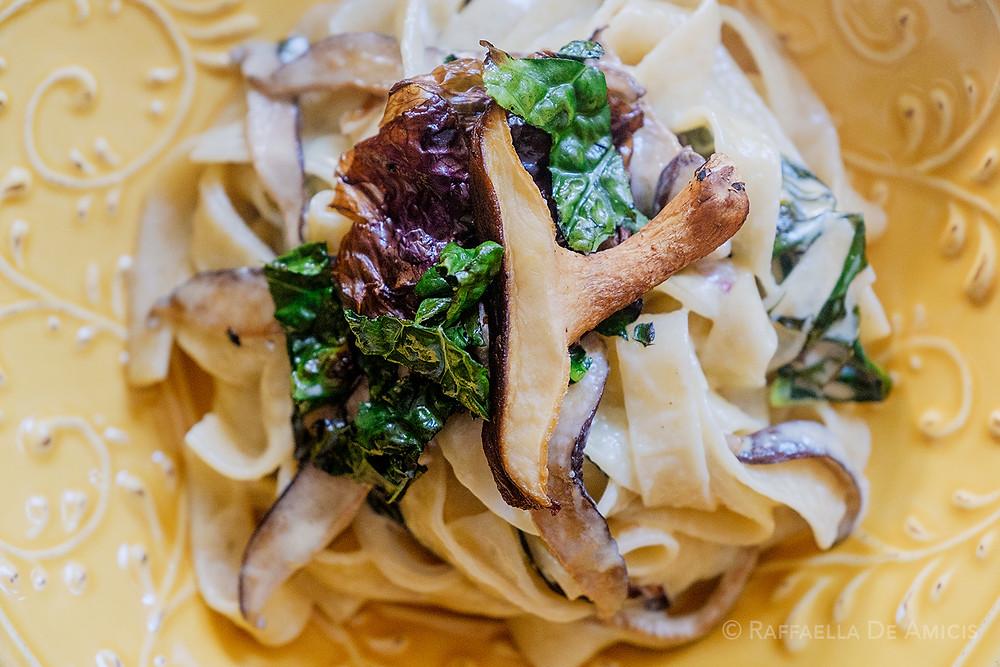 fettucine pasta with mushroom cream
