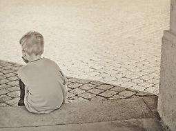 lonely-604086_1920-670x500.jpg