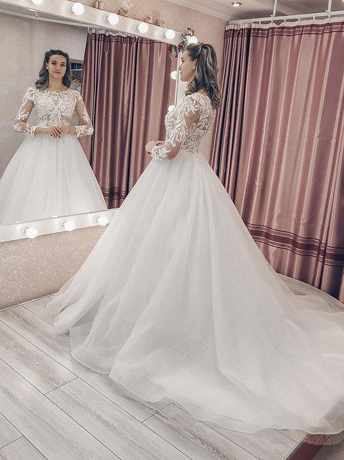 свадебное платье со шлейфом Дженифер