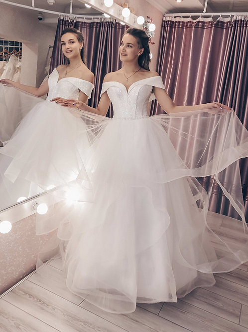 Свадебное платье Патрисия декольте блеск