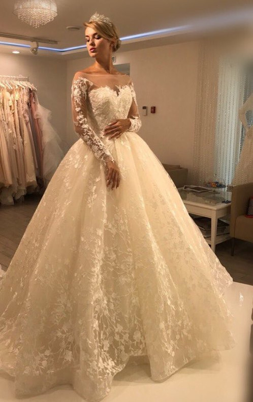 05aa2606f06c В каждом платье, которое живёт у нас есть особая изюминка, ведь каждое из  них сшито с любовью и добротой! Приходи и убедись в этом сама .