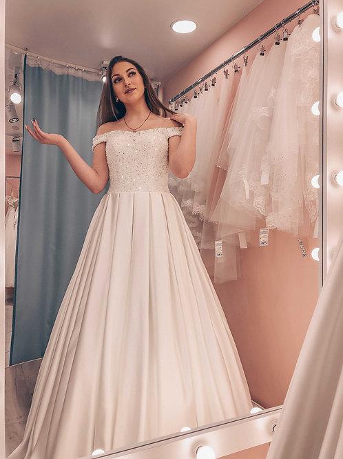атласное свадебное платье Виталина