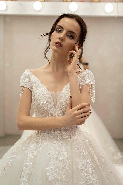 пышное свадебное платье Александра