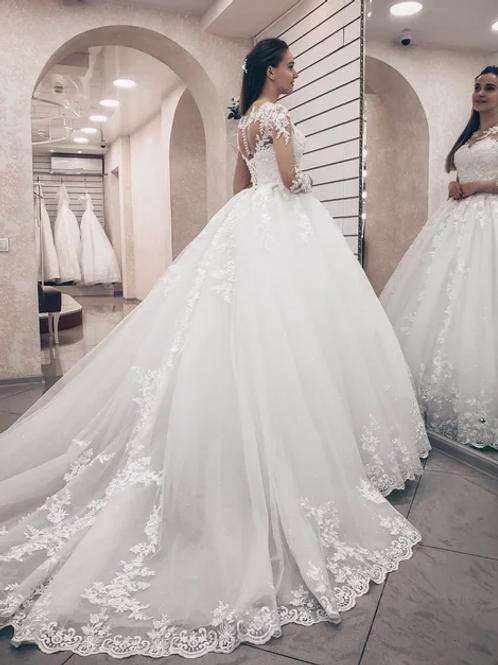 Свадебное платье Тату шлейф