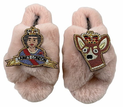 Laines Fluffy Cloud Pink Slippers With Double Deluxe Queen & Corgi Brooch