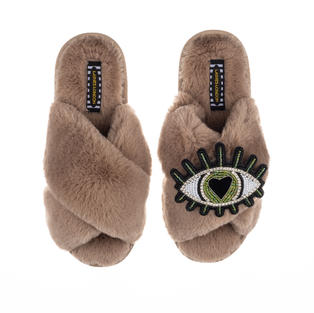 Deluxe Artisan Green Heart Eye on Classic Toffee Slippers