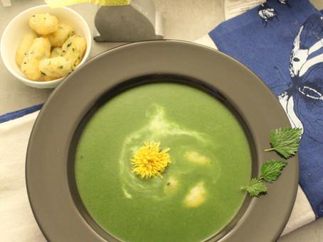 Kopřivová polévka se špenátem