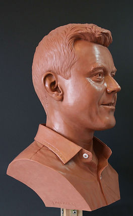 ian-wax-head-bust-sculpture-4.jpg