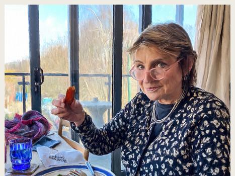 Henrietta meets Nandos chicken. 2021.