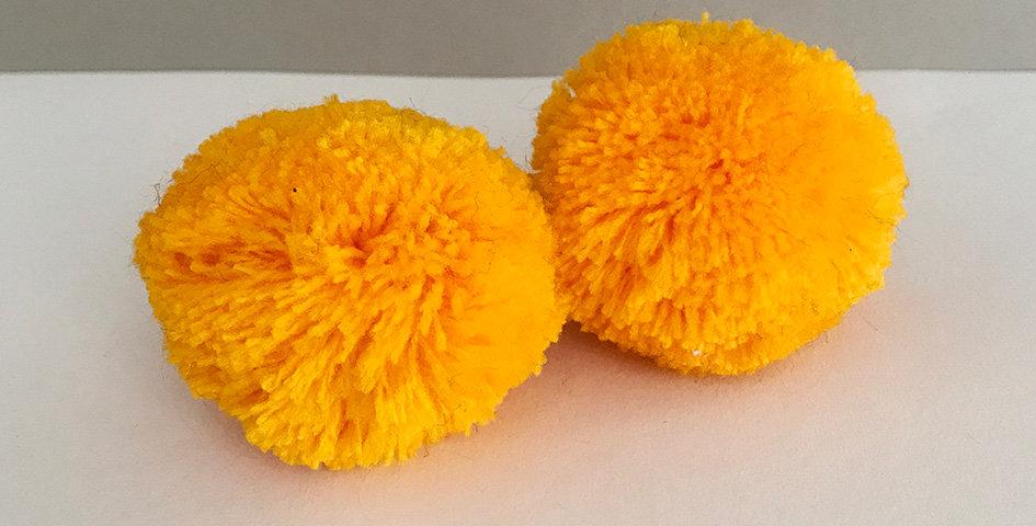 Pompon Sonnenblumengelb - Handgemacht