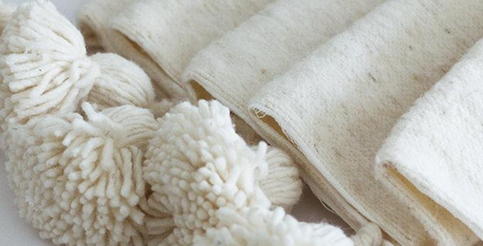 Pompon Decke - Naturweiß - 195x290cm