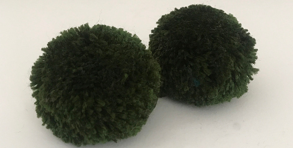 Pompon Waldgrün - Handgemacht