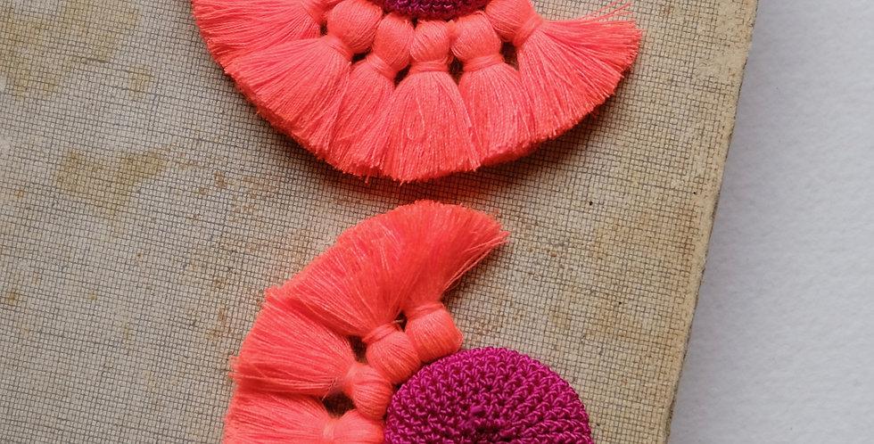 "HAMIMI ""TOUGANA"" Gehäkelte Ohrringe - Fuchsia & Coral"