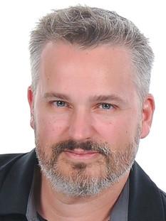 Adam Lund MD