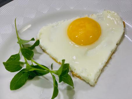 O Ovo, de Vilão a Herói, qual a melhor opção de colocar este rico alimentos em seu dia-a-dia?