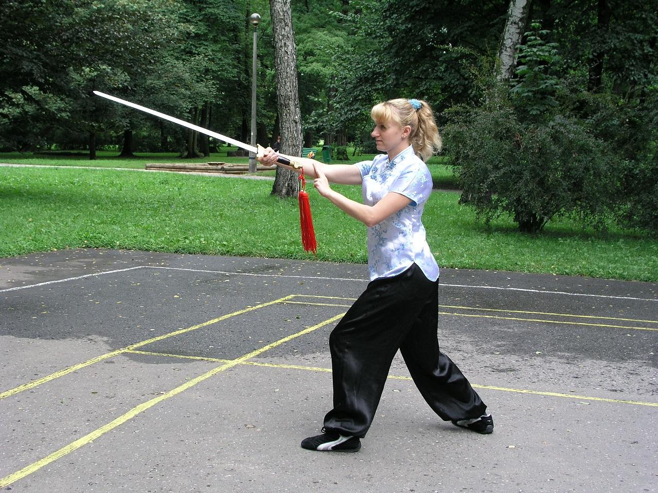 Beata tai chi chuan miecz 1 2004