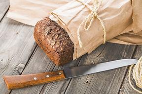 El pan tradicional en papel wapped