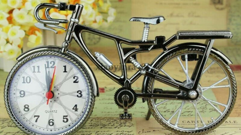 Free Shipping Bicycle Clock Design Creative Home Office Desk