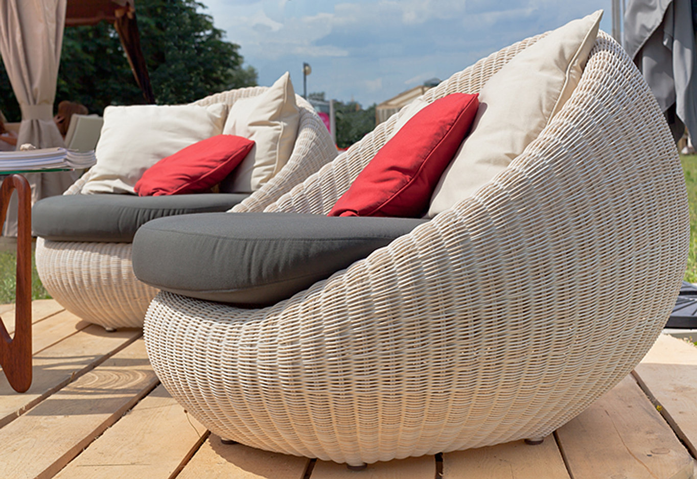 Comfy Outdoor Furniture Goods