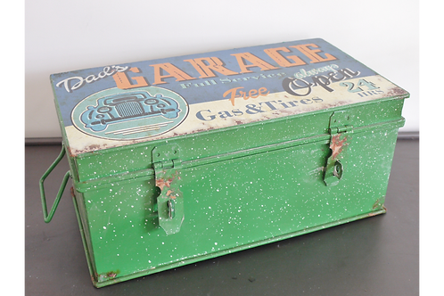 American Primitive Garage Box